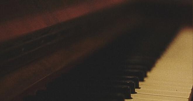 Hymns & Praise